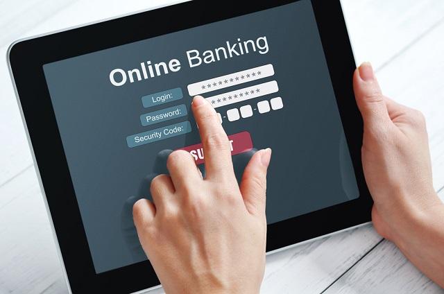 4 razones principales para el uso de los bancos en línea