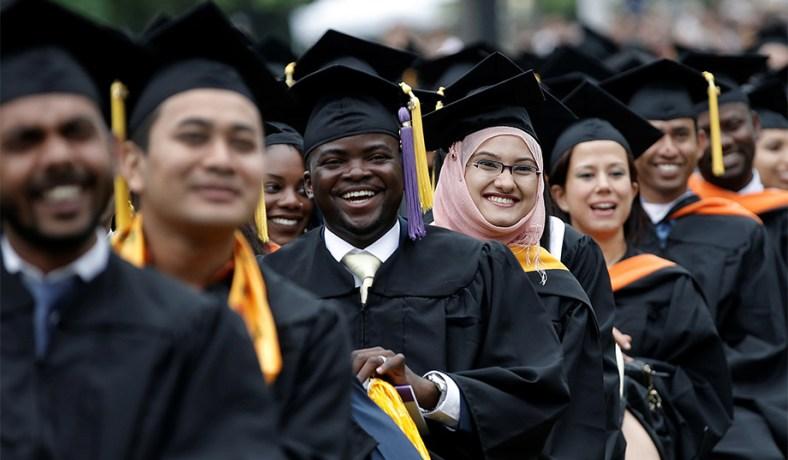 8 Los graduados universitarios cosas debe saber sobre el crédito