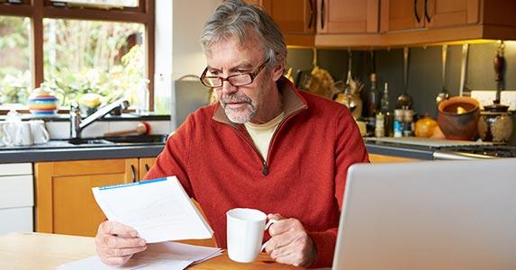 Πώς να Υπολογίστε Φόροι σε Συνταξιοδότηση