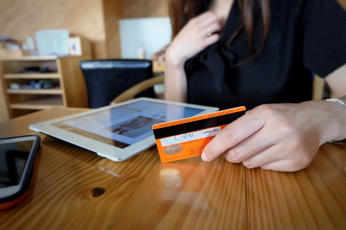 Kai Ar saugu uždaryti kreditine kortele?